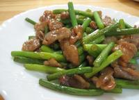 にんにくの芽と豚肉の炒め物.jpg